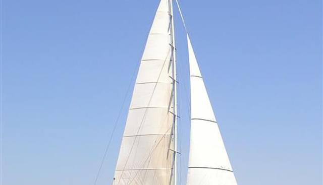 One Lilo Charter Yacht - 3