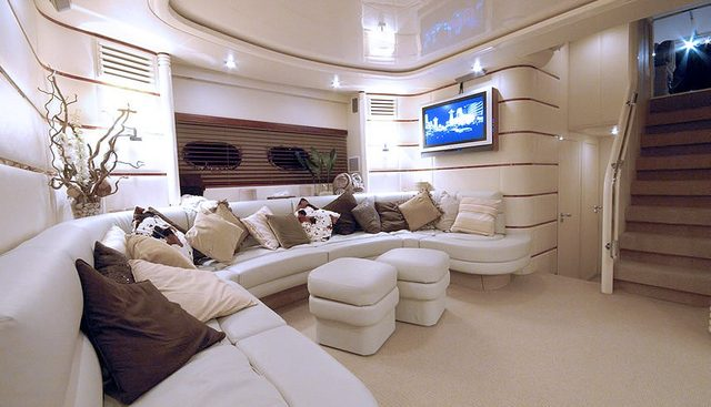Diversion Charter Yacht - 3