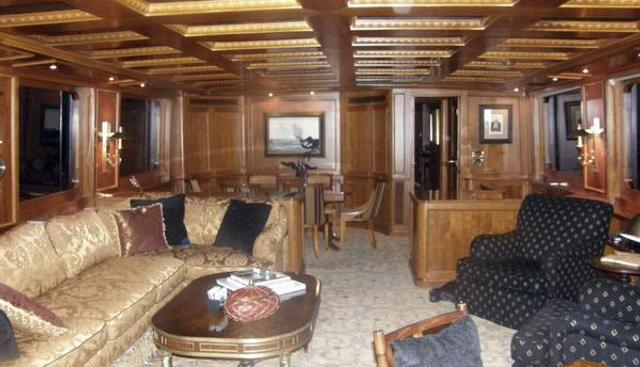 Dozer Charter Yacht - 2