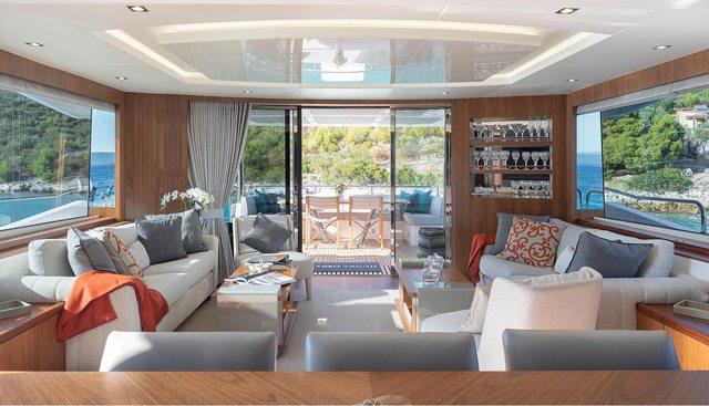 Hunky Dory Of London Charter Yacht - 6