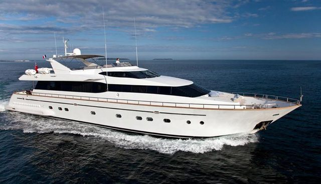 Synergy Y Charter Yacht
