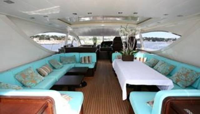 Ultima Beach Charter Yacht - 4