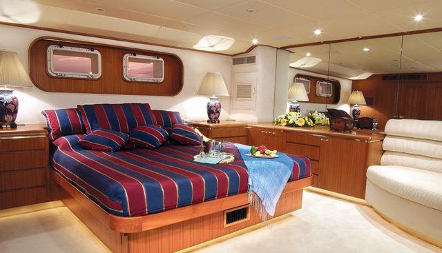 Ma Biche Charter Yacht - 7