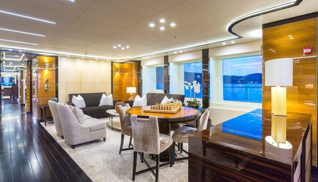 Party Girl Charter Yacht - 8