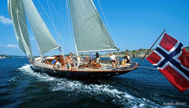 Sincerity Charter Yacht