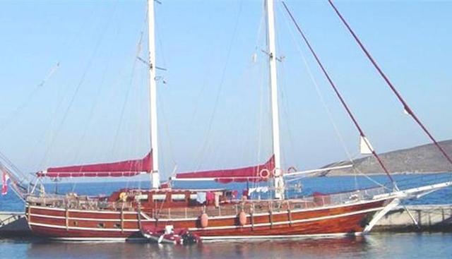 Nostra Vita Charter Yacht