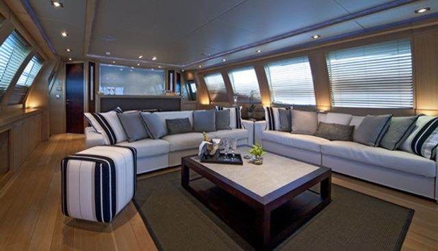 Escape II Charter Yacht - 8