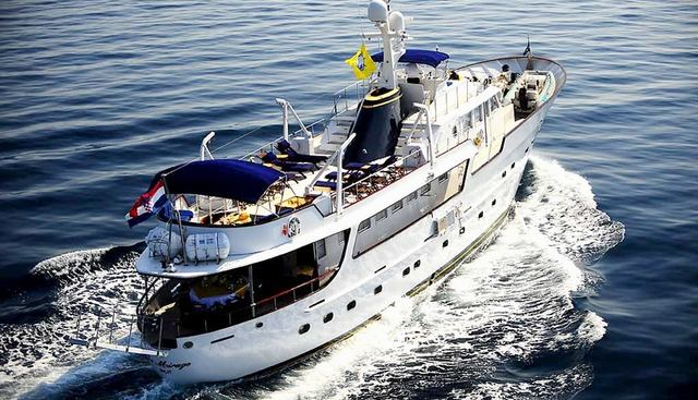 Le Mirage Charter Yacht - 3