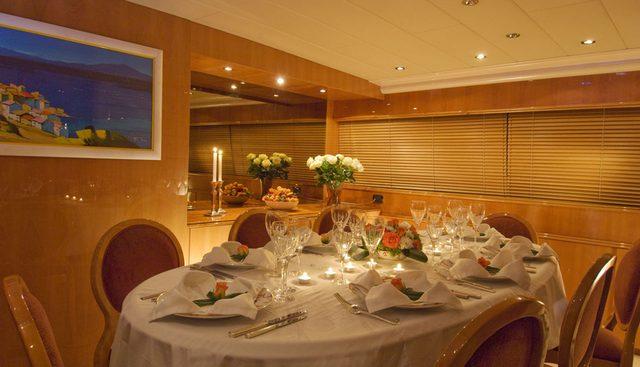 Indulgence of Poole Charter Yacht - 8