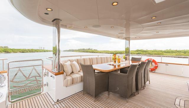 Picnic Charter Yacht - 5