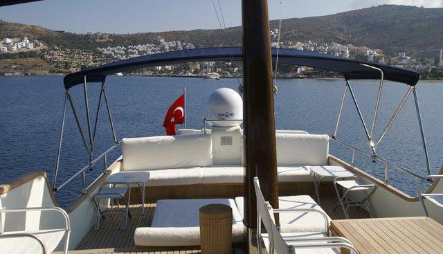 Dali Charter Yacht - 3