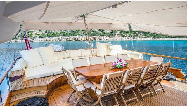 Dea Del Mare Charter Yacht - 4