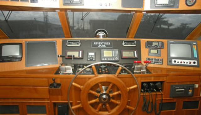 Adventurer Charter Yacht - 2