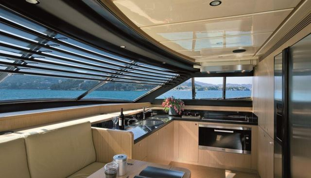 Maxi Beer Charter Yacht - 7