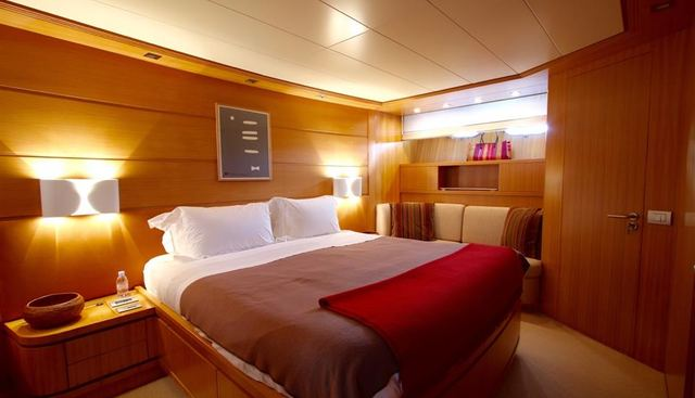Panthours Charter Yacht - 8