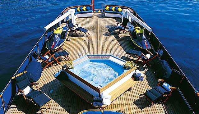 Albacora of Tortola Charter Yacht - 3