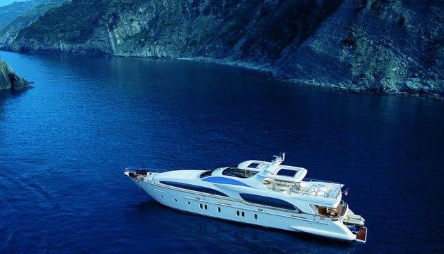 TV Charter Yacht - 2