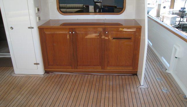 Islander Charter Yacht - 7