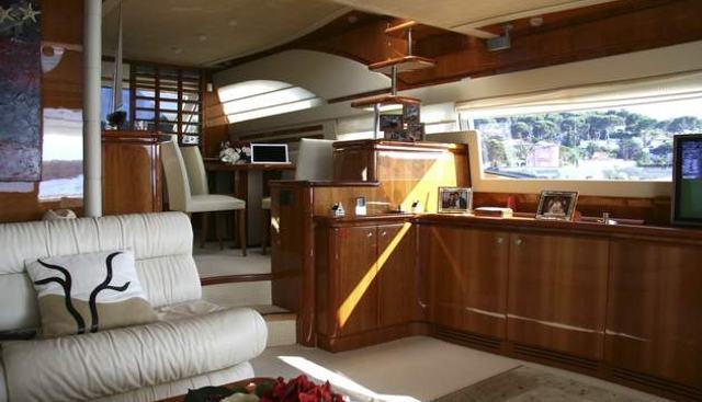 Seamrog Charter Yacht - 4