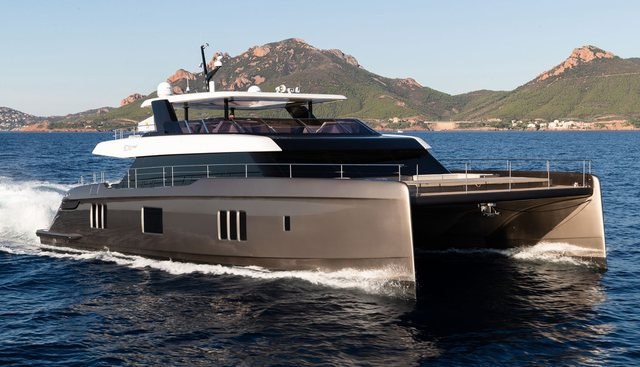Otoctone 80 Charter Yacht