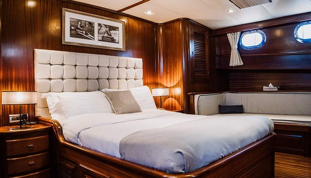 Capricorn 1 Charter Yacht - 8