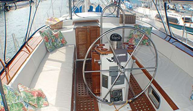 Drumbeat I Charter Yacht - 3