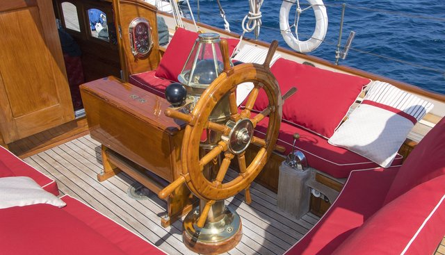 Puritan Charter Yacht - 3