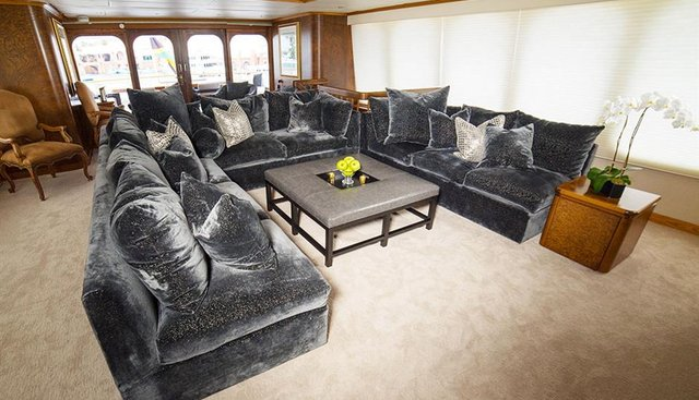 Grand Illusion Charter Yacht - 4