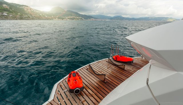 Mr. K Iriston Charter Yacht - 6