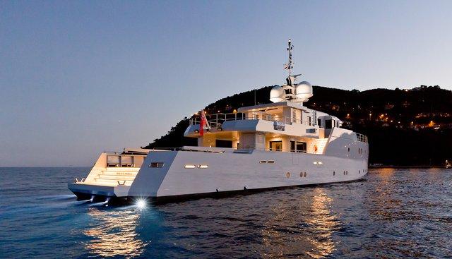 Sexy Fish Charter Yacht - 5