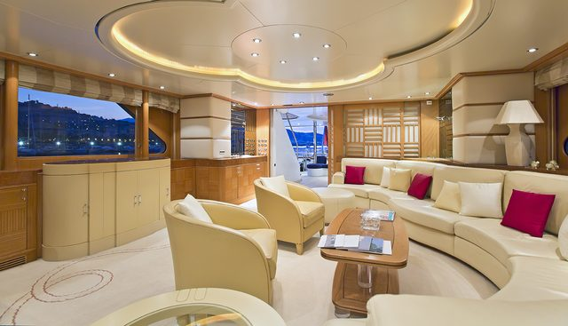 Desamis B Charter Yacht - 7