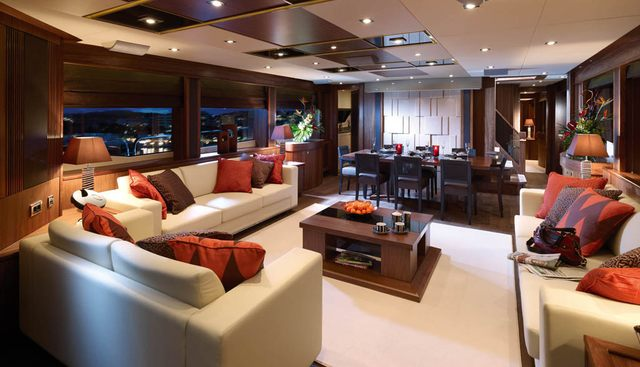 Simple Pleasure Charter Yacht - 4