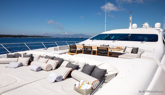 Beachouse Charter Yacht - 5