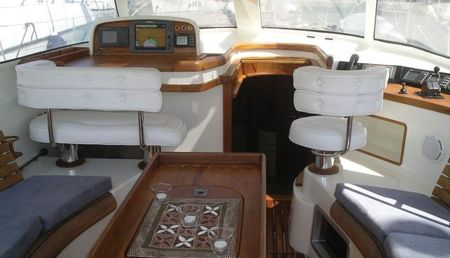 Ocean Phoenix Charter Yacht - 8