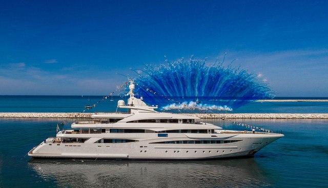 Mimtee Charter Yacht
