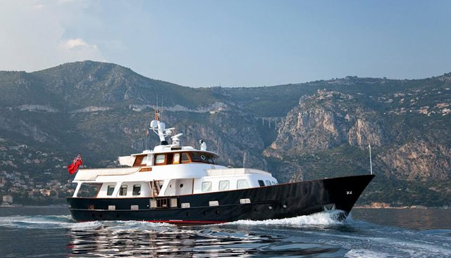 La Fidanzata Charter Yacht