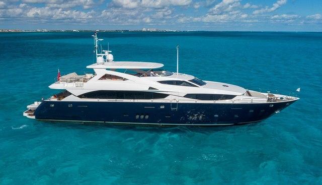 Piccolo Charter Yacht