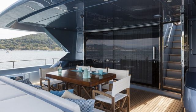 55 Fiftyfive Charter Yacht - 4