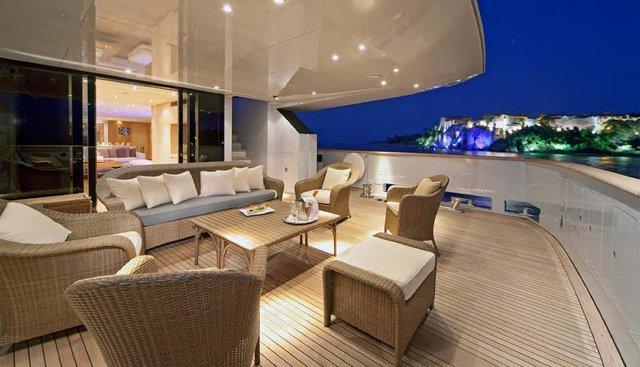 Fan Too Charter Yacht - 4