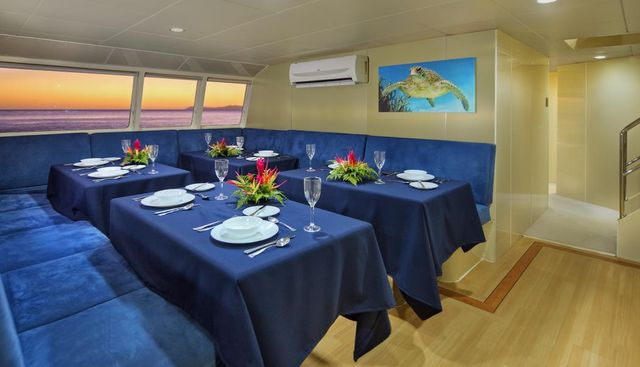 Pacific Quest Charter Yacht - 8