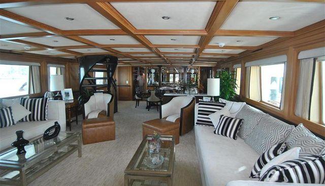 El Duende Charter Yacht - 6