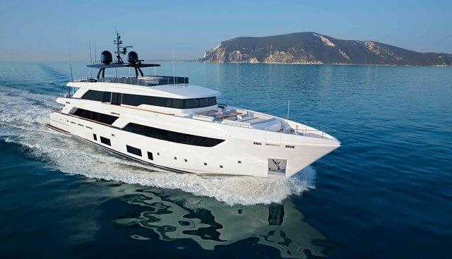 Four Flowers III Charter Yacht - 4