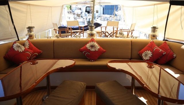 August Maverick Charter Yacht - 4