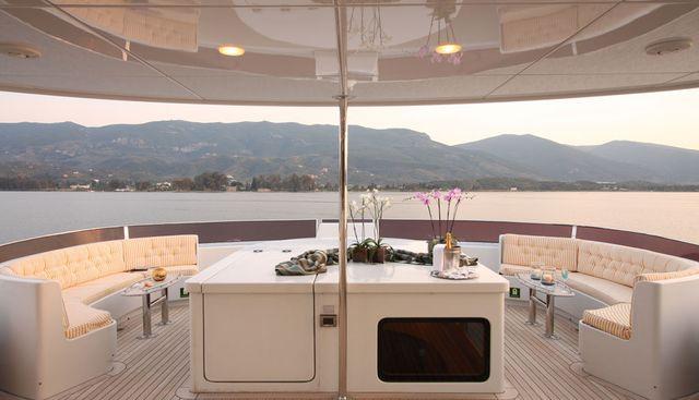 Happy Dolphin II Charter Yacht - 4