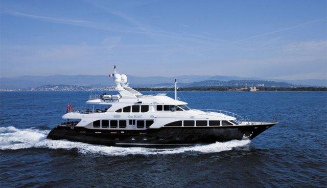 SeaBlue'Z Charter Yacht