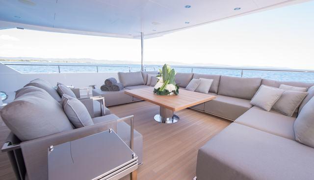 E Motion Charter Yacht - 6