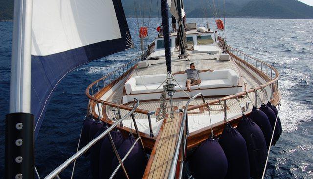 Papa Joe Charter Yacht - 2