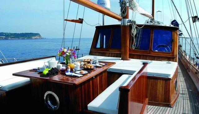Liana H Charter Yacht - 4