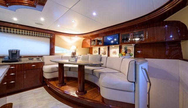 Bella Contessa Charter Yacht - 6
