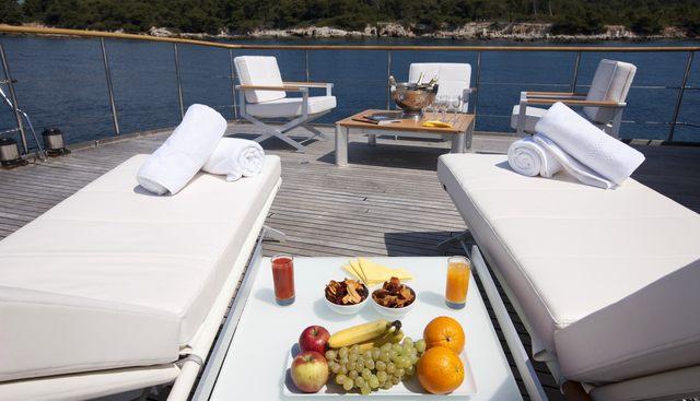 Clara One Charter Yacht - 4